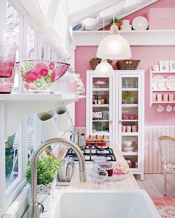 pink-kitchen-like-a-candy